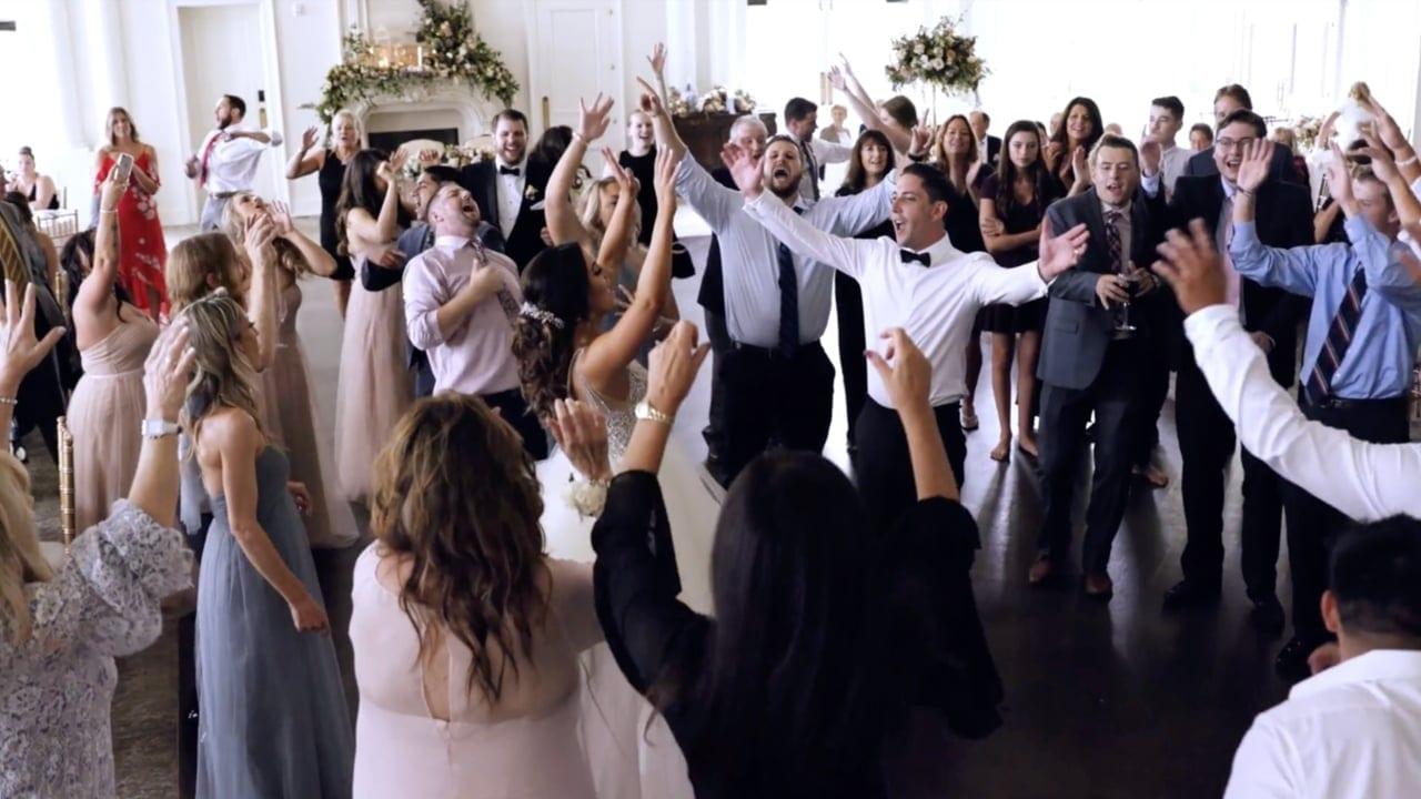 people dancing | EMG