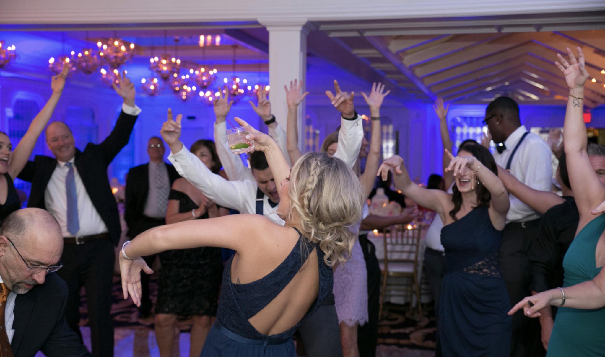 Wedding at Westmount Country Club   Elegant Music Group